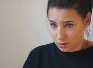 Video: Die Frau (2)